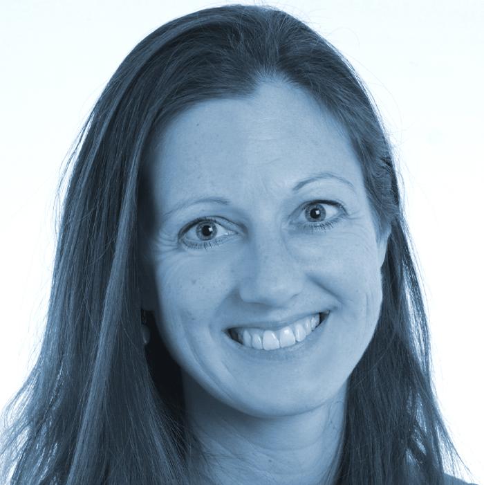 Dr. Julia Mirédin